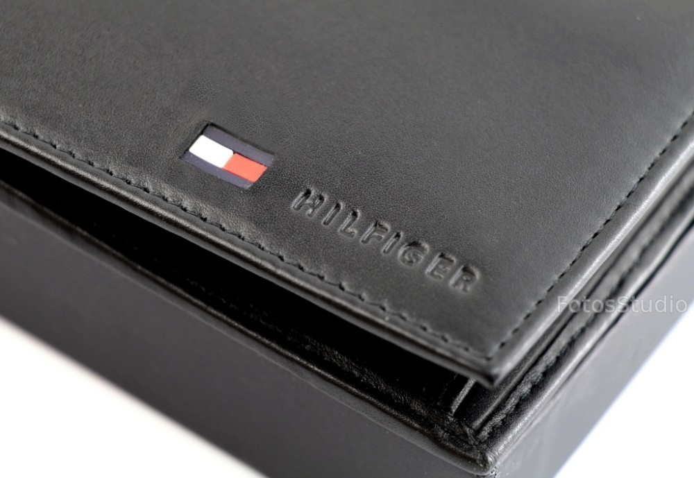 d802745d87061 ... Portfel męski skórzany TOMMY HILFIGER z kieszenią na monety gw ...